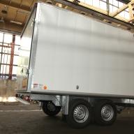 Двуосно фургонно ремарке БМД